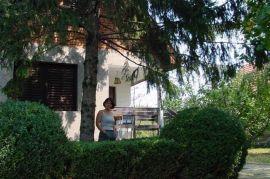 Prodajem Vikendicu - Fruška Gora - Čortanovci, Inđija, Haus