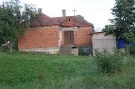 prodajem kucu u blizini Beograda, Beograd, House
