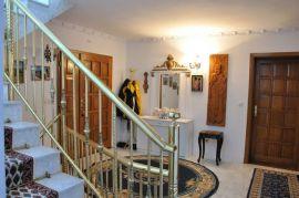 Kuća: Beograd, 460 m2, 310000 EUR, Beograd, Famiglia