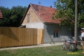 Prodaje se povoljno kuca u Beceju, Bečej, Casa