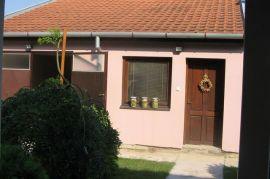 prodaja kuće, Zrenjanin, Maison