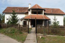HITNO prodajem stambeno-poslovni prostor, Subotica, بيت