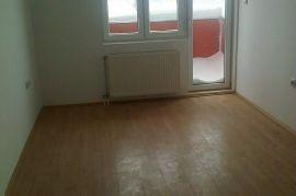 lep stan u novom sadu 32m2, Novi Sad - grad, Daire