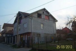 Hitno prodajem kucu, Kragujevac - grad, Casa