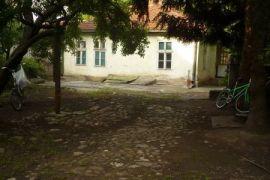 Kuca u strogom centru, Leskovac, Casa