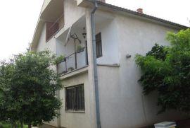 Prodaja, 3 kuce sa placem, Lipljan, Kosovo, Lipljan, House