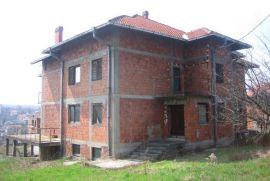 Prodajem kucu, Beograd, Дом