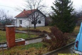 Kuća Kragujevac Šumarice sa pomoćnim objektom povoljno, Kragujevac - grad, بيت