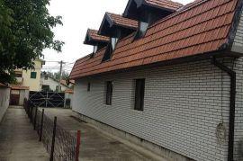 Prodajem ili menjam kucu u Zelezniku za stanove u Beogradu, Beograd, Haus