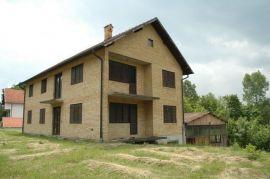 Kuća=stan, Loznica, Casa