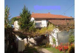 prodajem kucu u Djakovici, bivsa Emin Duraku, Đakovica, Maison