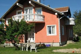Kuća: Obrenovac, Obrenovac, 200 m2, Obrenovac, Kuća
