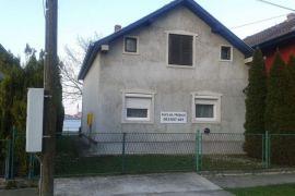 Kuća na obali Dunava Beočin, Beočin, Casa