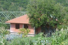 Kuća: Kraljevo, Usce, 150 m2, 20000 EUR, Kraljevo, Famiglia