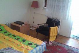 Stan: Beograd, 57 m2, 200 EUR, Novi Beograd, Stan